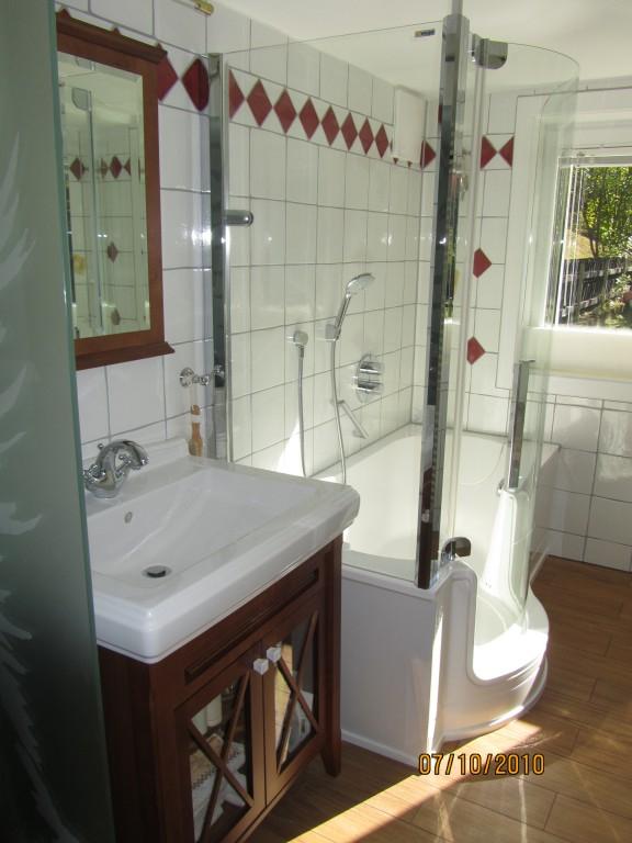nasszelle komplett best sanika prefab bathrooms with. Black Bedroom Furniture Sets. Home Design Ideas